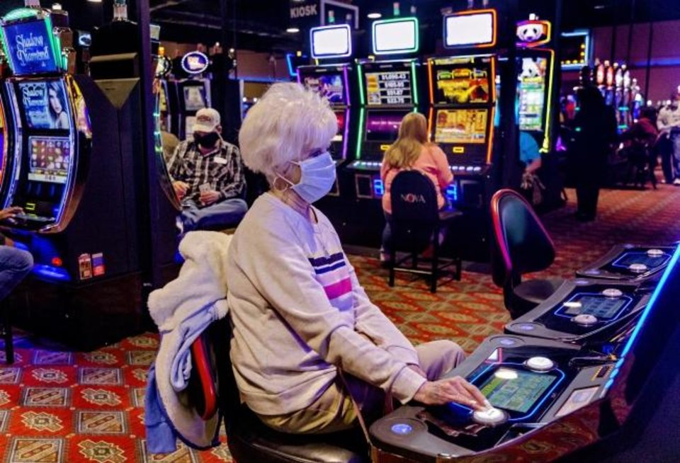Issues To Demystify Online Gambling
